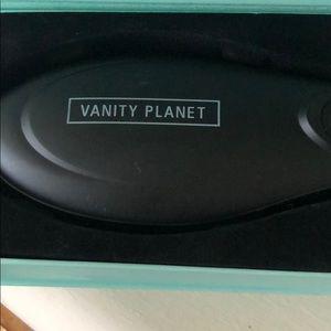 Vanity Planet Other - Flow - Ceramic Straightening Brush